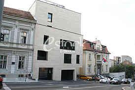 Pariska Street, Illegal construction
